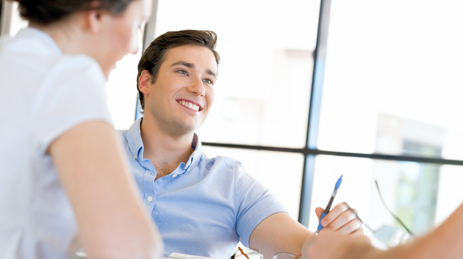 Featured | Young man in casual in office | How To Break These 8 Bad Habits And Succeed In Life | How To Succeed In Life