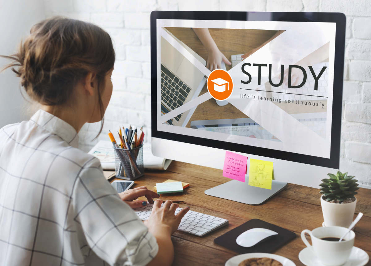 Distance learning online education webpage | Smart Financial Goals To Set Before You Turn 40 | primary goals of financial management
