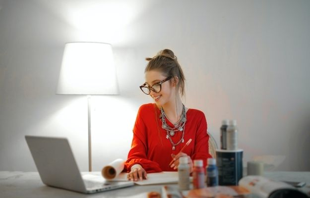 office clothes combined with accessories   Dress for Success: Do We Need Accessories?   How to Dress for Success in Any Situation