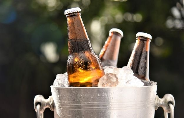 three cold beer put on the bucket - ca | Great Gifts for Dad at Christmas | Beer Subscription
